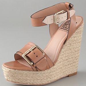Pour La Victoire Jaclyn Espadrille Wedge Sandals 7